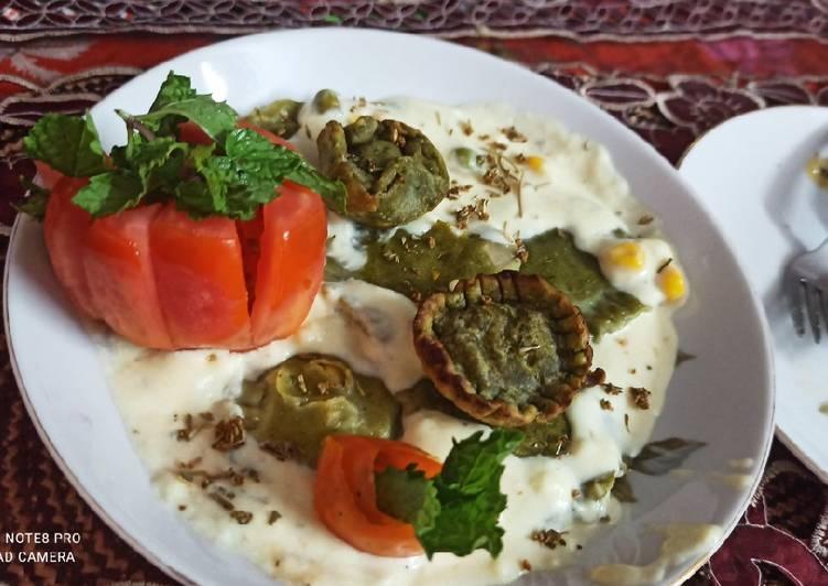 Simple Way to Prepare Award-winning Spinach Corn Ravioli in white sauce