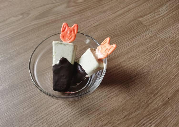 Avocado Ice Cream with Chocolate