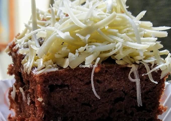 Langkah Mudah untuk Menyiapkan Brownies Chocolatos kukus simpel tanpa mixer Ala Lucky Andreono MasterChef Indonesia