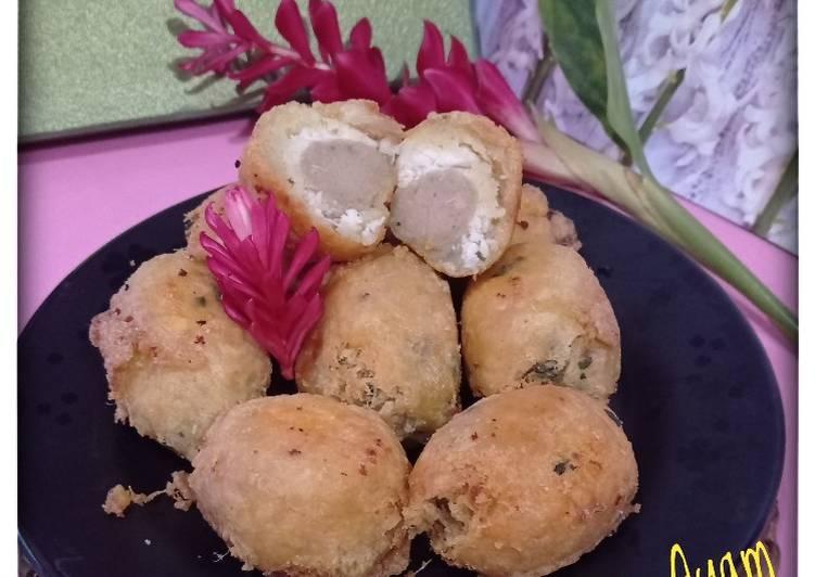 Perkedel Singkong Isi Bakso Ayam