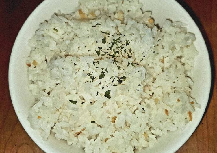 Sinangag – Filipino Garlic Fried Rice
