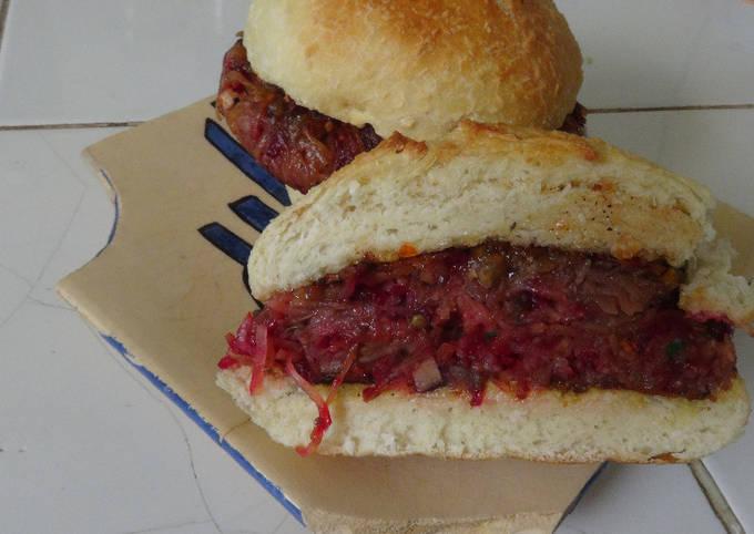 Burger végétarien (façon steak de bœuf)