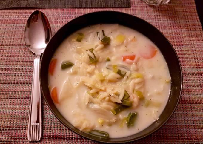 Soupe de légumes et petites pâtes