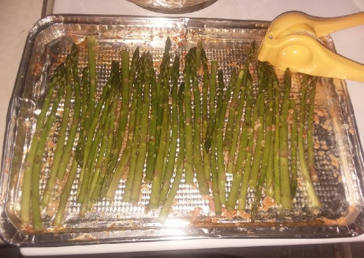 Easiest Way to Prepare Yummy Simple roasted asparagus