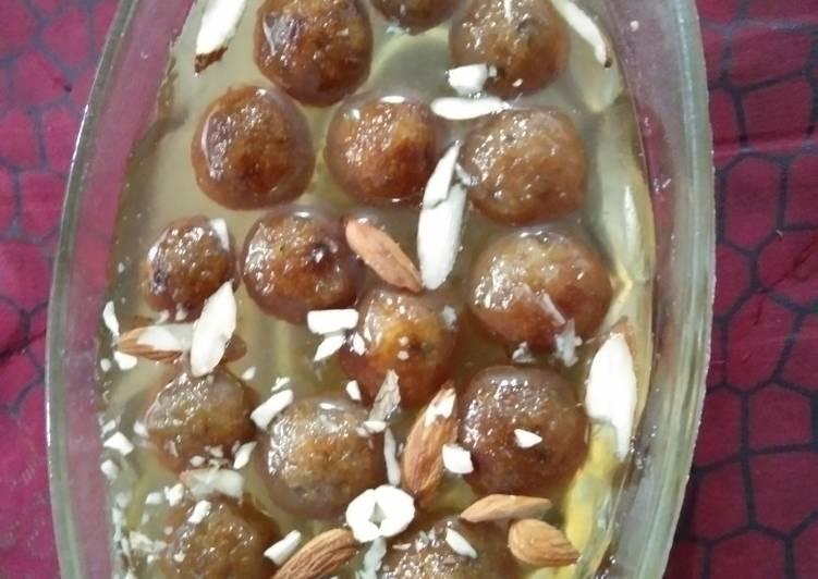 Steps to Make Perfect Sweet potato gulab jamun (farali)