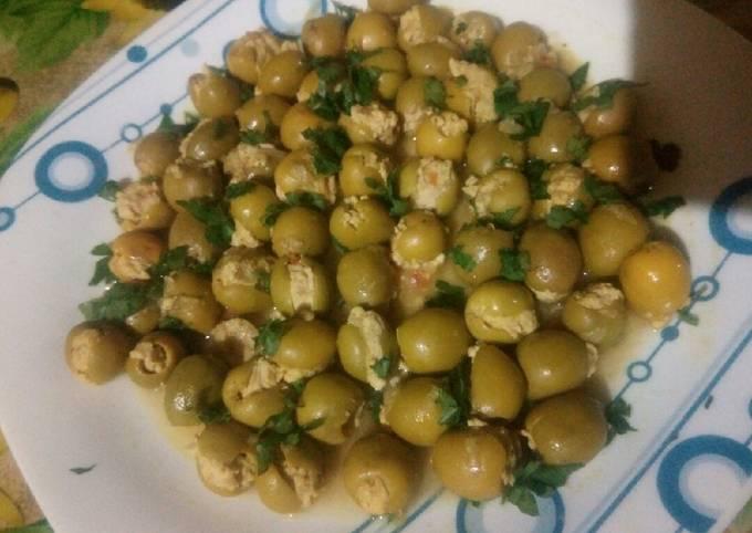 Olives farcies à la viande hachée de dinde