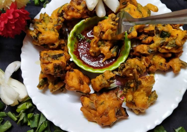 Step-by-Step Guide to Make Super Quick Homemade Spring_onion_pakoda