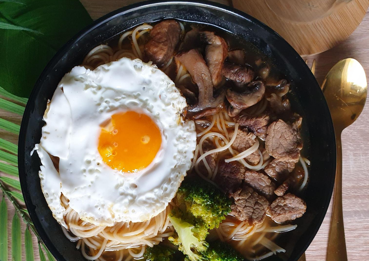 Step-by-Step Guide to Make Top-Rated Spicy Beef Shoyu Ramen