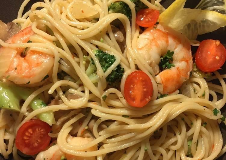 Recipe: Yummy Shrimp Scampi in white wine
