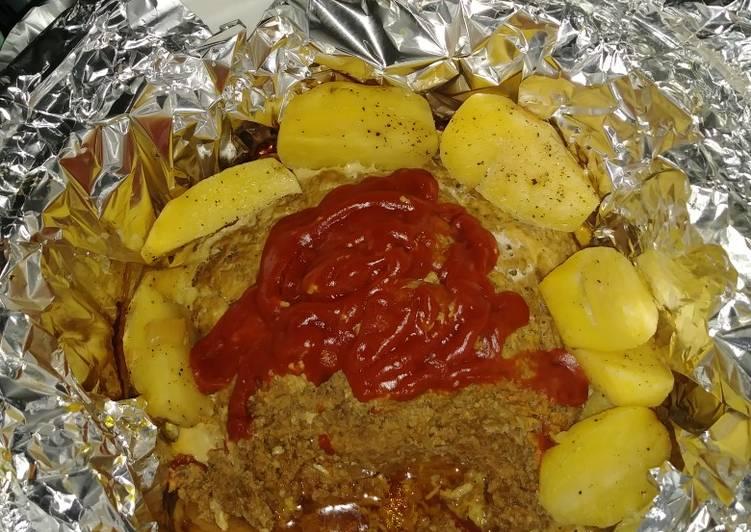 Steps to Make Crockpot Meatloaf