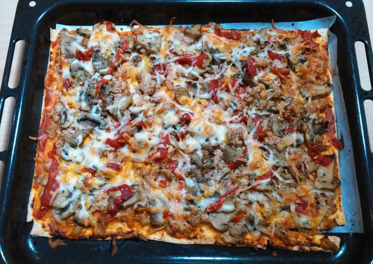 Pizza De Masa Quebrada Con Atún Receta De Anabelbernal Cookpad