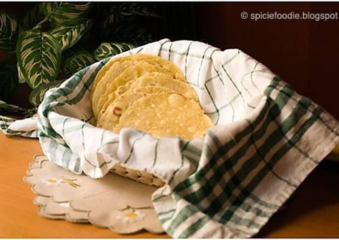 Tortillas De Maíz Hechas Con Harina De Maíz Amarilla Receta De Spiciefoodie Cookpad