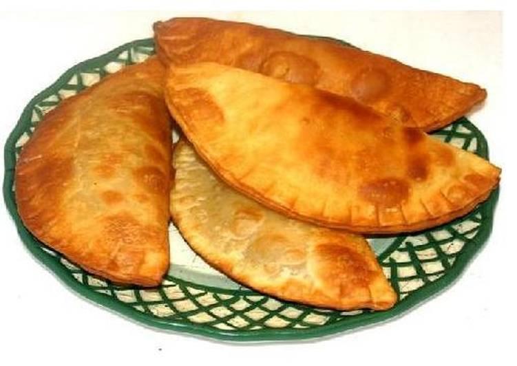 Empanadas ticas