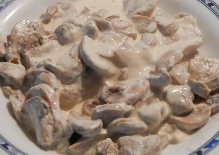 Salsa De Champiñones Laminados Con Vino Blanco Receta De Carmem Cookpad