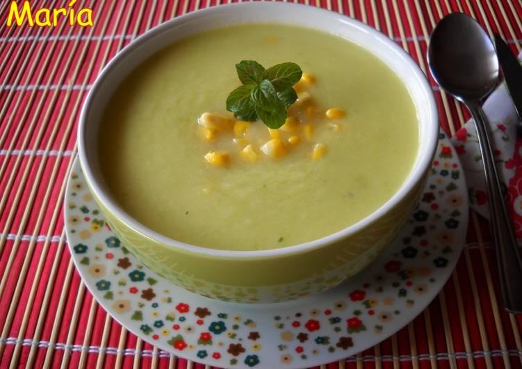 Sopa fría de piña