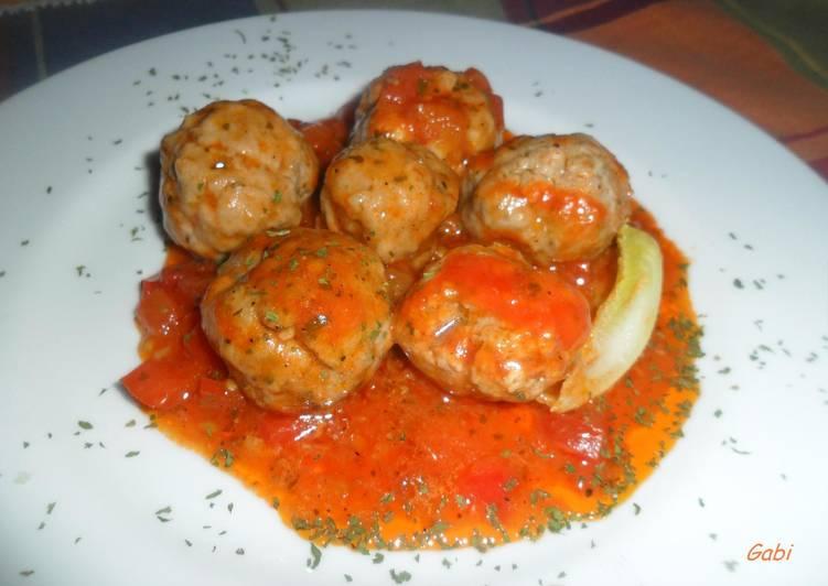 Albondigas de carne en salsa de tomate cocineros argentinos