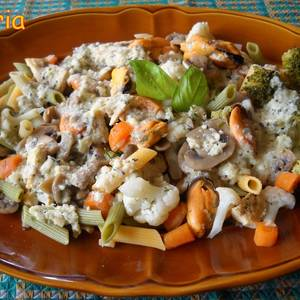 Coliflor y brócoli con plumas