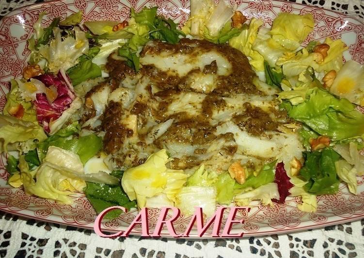 Halibut con salsa pesto y ensalada