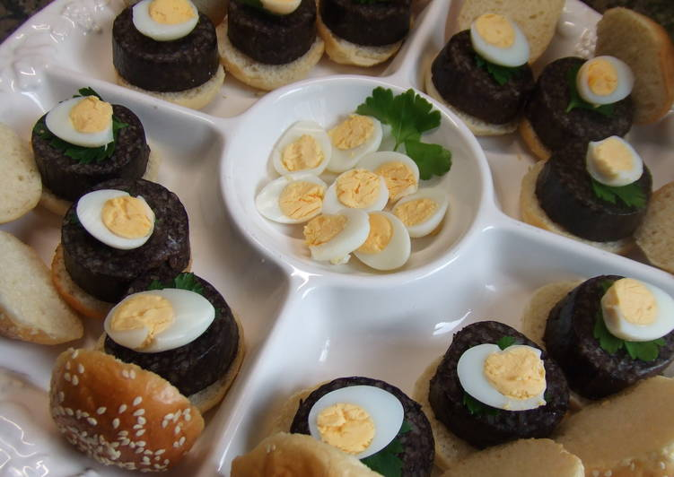 Bocaditos De Morcilla Y Huevo De Codorniz Receta De Cuqui