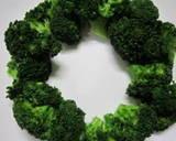 Broccoli Christmas Tree and Wreath recipe step 3 photo