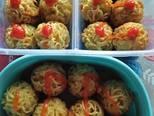 Bola-bola Mie telur bekal anak 👭 langkah memasak 4 foto