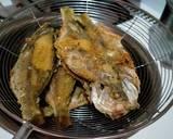 105) ikan ekor kuning goreng renyah langkah memasak 3 foto