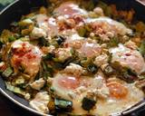 Baked eggs with spiced leeks and goats cheese recipe step 6 photo