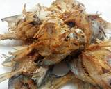 Crispy Fried Fish With Dry Curried Sauce recipe step 2 photo