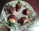White and Dark Chocolate Covered Strawberries recipe step 7 photo