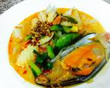 Quick Spicy Seafood Noodles :) recipe step 4 photo