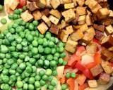 Smażony ryż z wędzonym tofu i warzywami 🌱 krok przepisu 4 zdjęcie