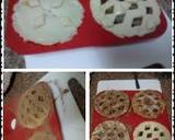 Ladybirds Toffee , Pear , Apple and or Strawberry Pies recipe step 15 photo
