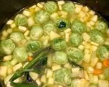 Ekspresowa zupa z kabaczkiem i brukselką krok przepisu 2 zdjęcie