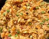 Ryż z kurczakiem, marchewką i groszkiem krok przepisu 8 zdjęcie