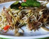 Tumis tauge kriuk dengan ikan asin #pr_recookmantenelise langkah memasak 3 foto