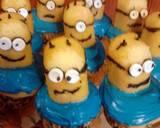 Despicable Me: Minion Cupcakes recipe step 12 photo