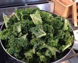 Curly Kale with Cream and Crispy Breadcrumbs recipe step 1 photo
