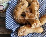 Roti Gandum Smoked Beef Keju (Dough dengan Olive Oil) langkah memasak 15 foto
