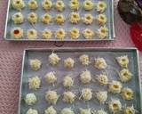 Bluberry Strawberry ThumbPrint cookies with cheese langkah memasak 4 foto