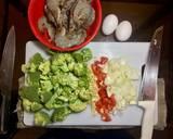 Broccoli egg drop soup with prawns