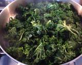 Curly Kale with Cream and Crispy Breadcrumbs recipe step 3 photo