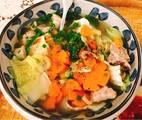 Hình ảnh bước 4 Canh Sườn Non, Tôm Khô Nấu Cải Thảo Và Bắp Cải, Cà Rốt. Thịt Kho Củ Cải Trắng Với Nước Dừa