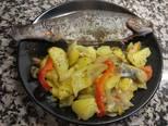 Foto del paso 4 de la receta Trucha rellena de jamón con guarnición