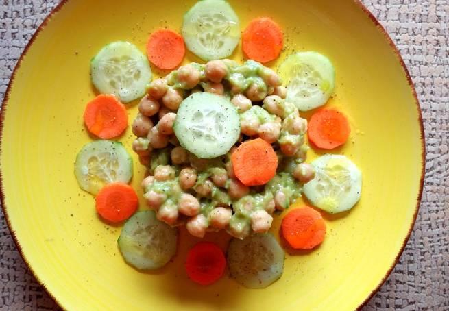 5 Ensalada De Garbanzos Con Guacamole (Vegana)