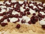 Gluténmentes, grízes, meggyes kelt rétes recept lépés 5 foto