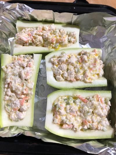 Фаршированные кабачки со сливочным сыром