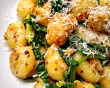 Gnocchi With Sausagemeat & Spinach In A Garlic Butter Sauce recipe step 5 photo