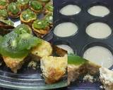 Baked Mini Cheesecake Cups (With Kiwi Slices) recipe step 4 photo