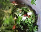 Spinach Omelet (Telur Dadar Bayam) langkah memasak 3 foto