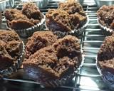 (No Mixer) Bolu Kukus Cokelat Mekar - Anti gagal langkah memasak 6 foto
